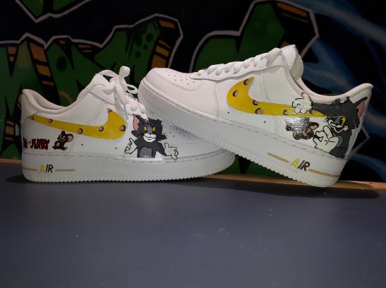 Personnalisation de sneakers Arras